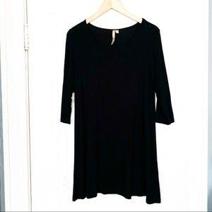 Comfy USA 3/4 Sleeve Soft Black Tunic